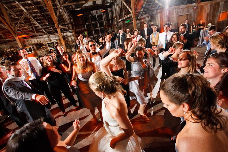 Fiesta en boda perfecta en el caribe