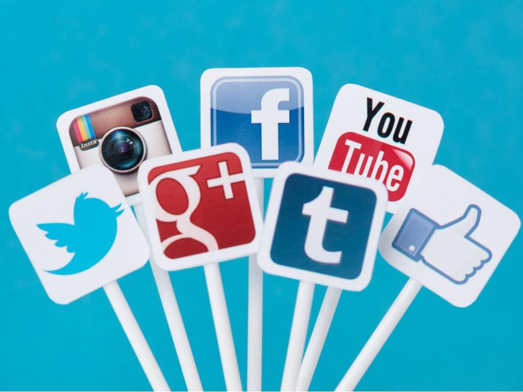 Redes-sociales-como-crear-tu-propio-blog-portal-luna-de-miel