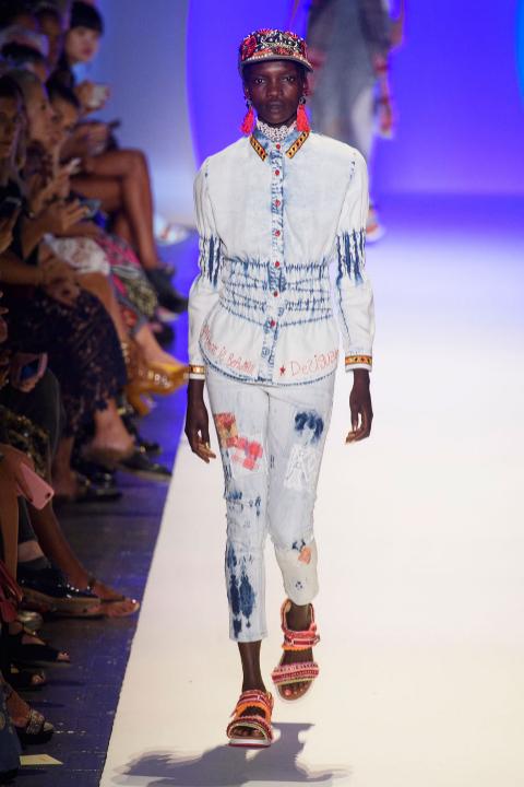 desigual2-lo-que-nos-dejo-el-new-york-fashion-week-portal-luna-de-miel