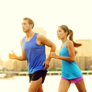 5 actividades para ejercitarte con tu pareja