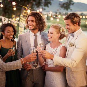 Compañeros del trabajo: ¿cómo saber si invitarlos a tu boda?