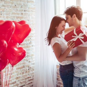 ¿Qué regalar en San Valentín? ¡Revisa nuestra guía romántica!
