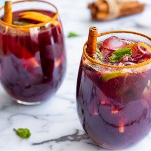 3 simples y ricos 'Drinks & Snacks' para sorprender en casa