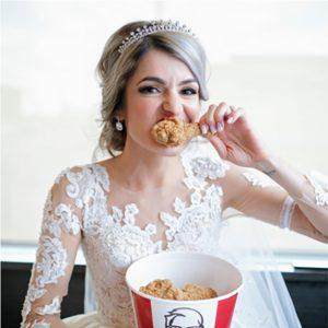 ¿Te casarías en KFC? En Australia ¡sí!