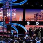 La alfombra roja en los People's Choice Awards